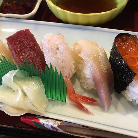 Seasnal Dish Restaurant Mishina: 四季料理みしな