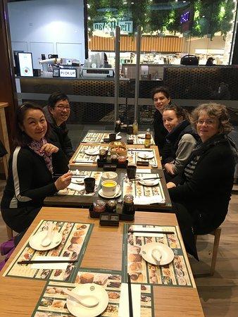 Tim Ho Wan : Hungry diners