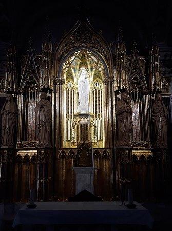 La Academia Mariana: Oratorio de la Virgen Blanca de la Real y Pontificia Academia Mariana de Lleida