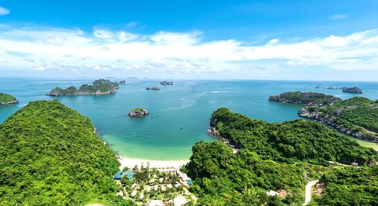 Vintage Junks: Shore Excursions Lan Ha bay