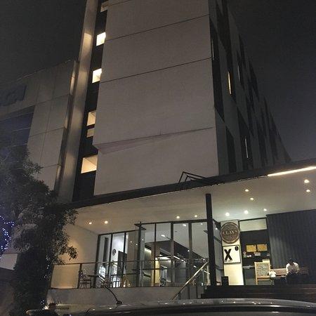 Foto de Hotel NEO Tendean Jakarta