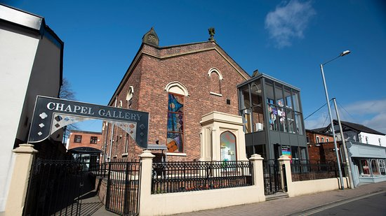 Ormskirk, UK: Chapel Gallery view from St Helens Road