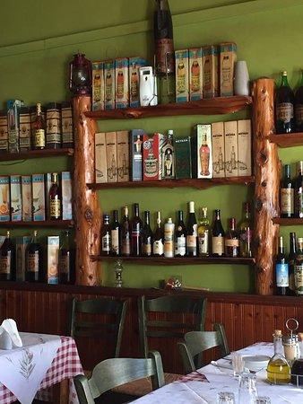 Doukades, Yunani: Brandy collection