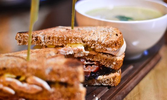 Carrolls Gastro Pub Lucan: Soup & Sandwich