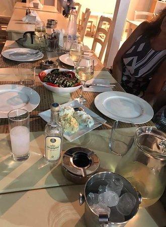 Фотография Bistro Greek Food