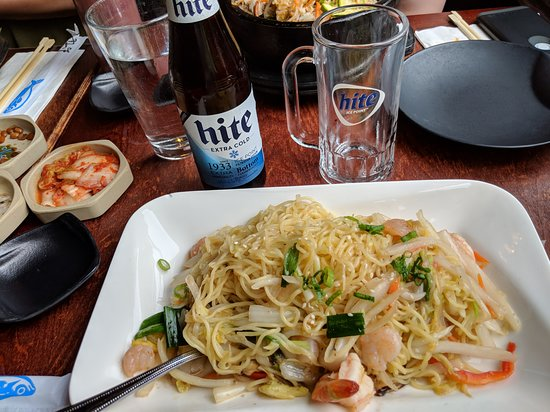 Suishaya: Tasty dinner, and the Hite Korean beer was cold and frosty!