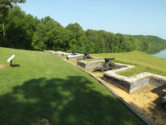 Dover, TN: Fort Donelson River Battery