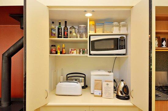 Tree-Elle Retreat: Tree Elle Retreat Lofthouse pantry with breakfast supplies