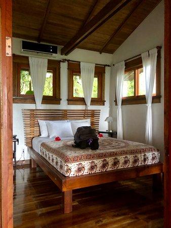 Copa de Arbol Beach and Rainforest Resort: Downstair bedroom