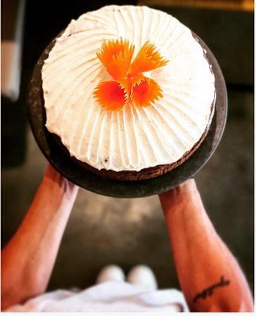 KOH-NDAL Thai Bistro: Nuestro Carrot Cake