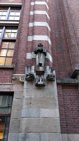 Statuette Joost van den Vondel