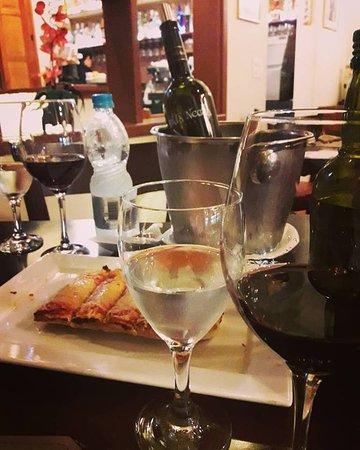 Vicino della Nonna: Bruschetta e vinho Pata Negra
