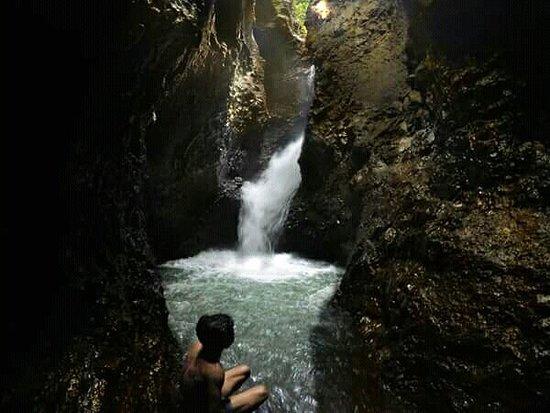 Tiu Pituq Waterfall: Air Terjun Tiu Pituq
