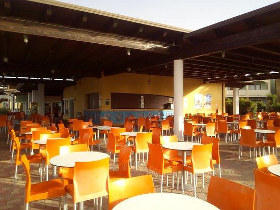 Serenusa Village: BAR
