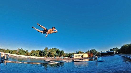 Gliss-Up Water Jump Parc: NOTRE SUPER YANN (GLISS-UP)