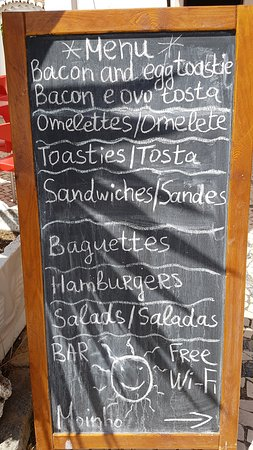 Moinho Cafe and Bar: Today's Menu Board - Portuguese