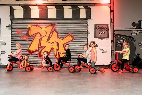 NINFLY - Jump and Play: Hochwertige Winther Tretfahrzeuge sorgen für Spaß & Bewegung