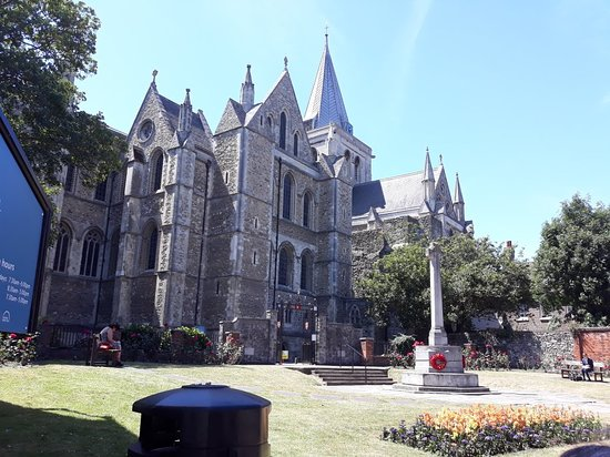 Rochester Cathedral: 20180702_134641_large.jpg