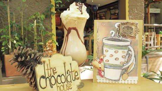 The Chocolate House: Malteada de Chocolate con Chantilly