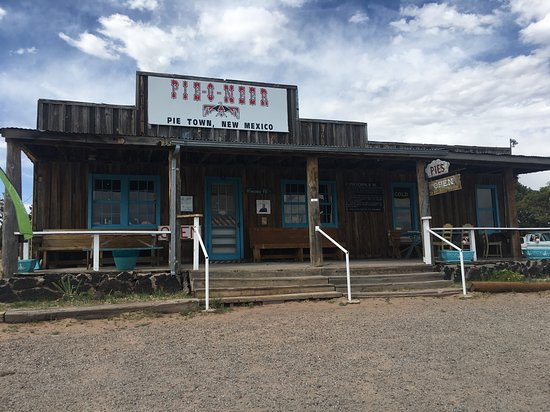 Pie Town, NM: The front of the shop