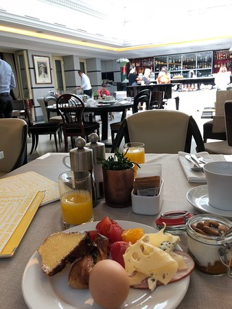 Aria Hotel Prague by Library Hotel Collection: Breakfast