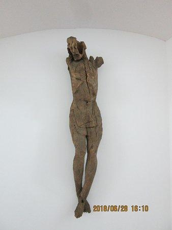 Galerija-Muzej Lendava: szúette fa korpusz....gyönyörű