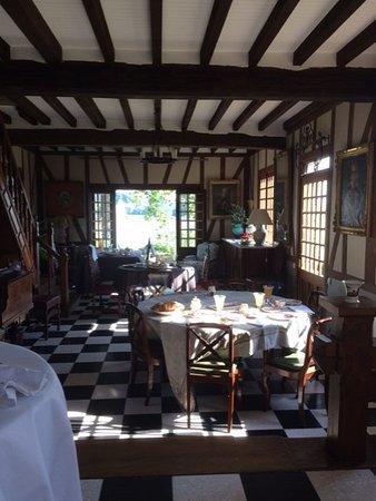 Vieux-Port, Γαλλία: salle de petit déjeuner