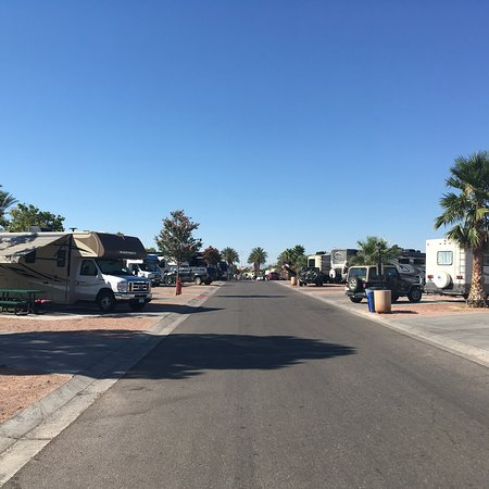 Oasis Las Vegas RV Resort : Oasis not for all!