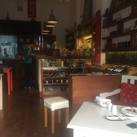 Ada Cafe: E