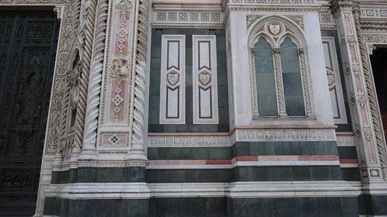 圣母百花大教堂照片