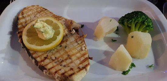 O Giro Restaurante: espadarte grelhado