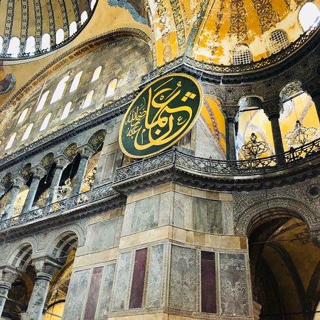 Istanbul Tours by Cezmi Akar照片