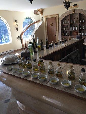 Saint-Ulric, Kanada: Dégustation huile olive