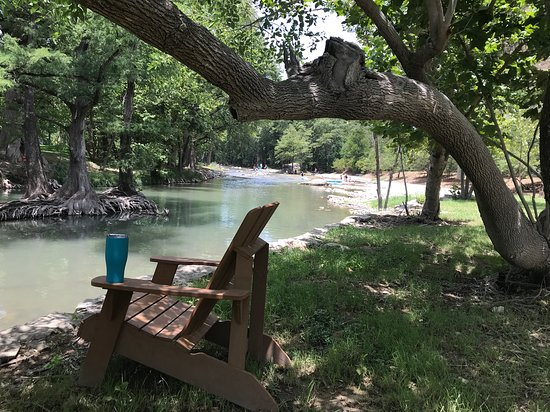 New Braunfels, TX: Great place to enjoy the river!