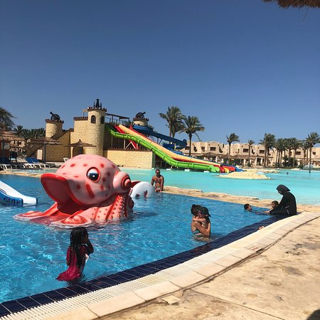 Royal Lagoons Aqua Park Resort and Spa Foto