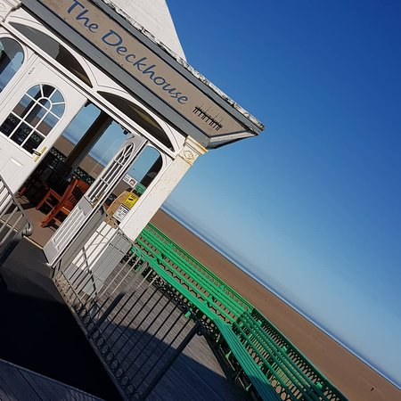 The Deckhouse Tearooms