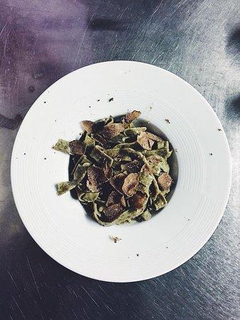 Via Baseli: Fettuccini à la truffe noire