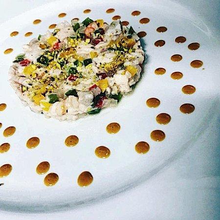 Via Baseli: Ceviche de dorade, crevettes, pistaches et bisque de poisson