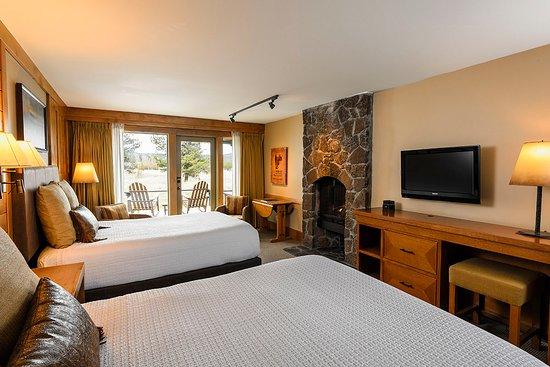 Sunriver Resort: Lodge Village Double Queen Guestroom