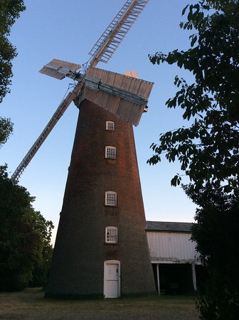 Woodbridge, UK: Buttrums Mill at Sunset