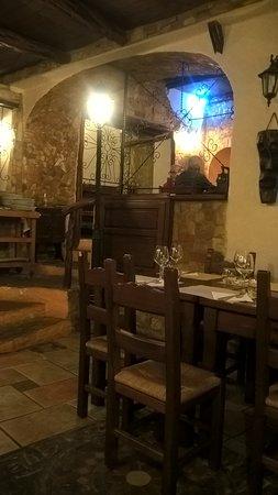 CAVOUR Trattoria Pizzeria: Trattoria Cavour. Interno.