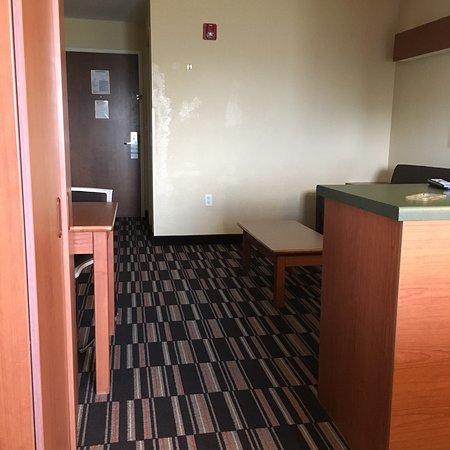 Microtel Inn & Suites by Wyndham Bushnell: photo0.jpg