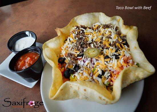 Cambridge Bay, Canadá: Taco Bowl with Beef