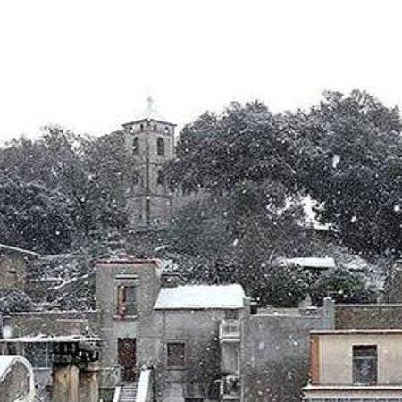 Castel San Giorgio, Italië: cheisa della ss. annunziata nevata 2016 castelluccio
