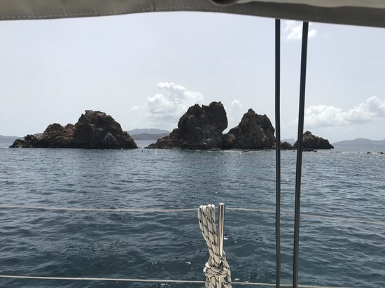 Aristocat Charters: The Indians (reef) south of Tortola