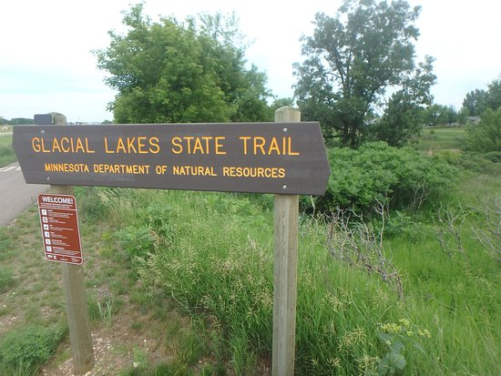Willmar, MN : trail sign