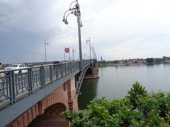 Brückenkopf Mainz-Kastel