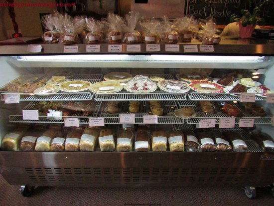 Daily Bread Bakery and Cafe: Daily Bread Pie Case in Hot Springs, SD