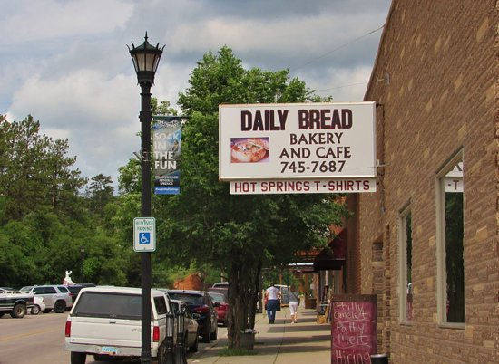 Daily Bread Bakery and Cafe: Daily Bread Restaurant in Hot Springs, So. Dak.