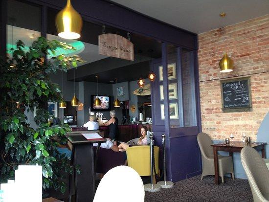 The Italian Cafe: Foyer area